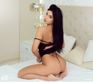 Tyffene vacation escorts in Florissant