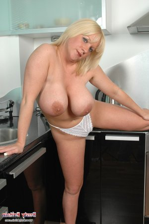Janelle mature independent escorts Stoke-on-Trent, UK